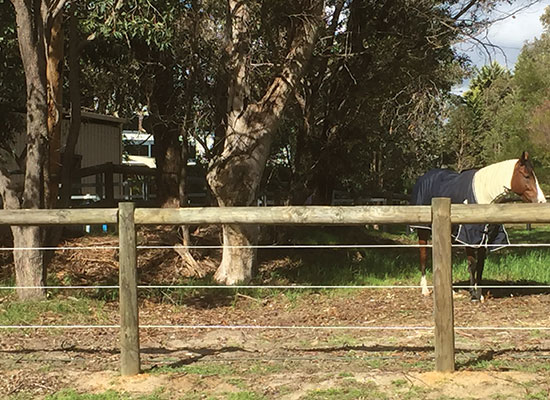PERMAPole Inspiration |Paddock fencing with Sita wire